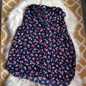 size XL blue and red floral GAP tank top